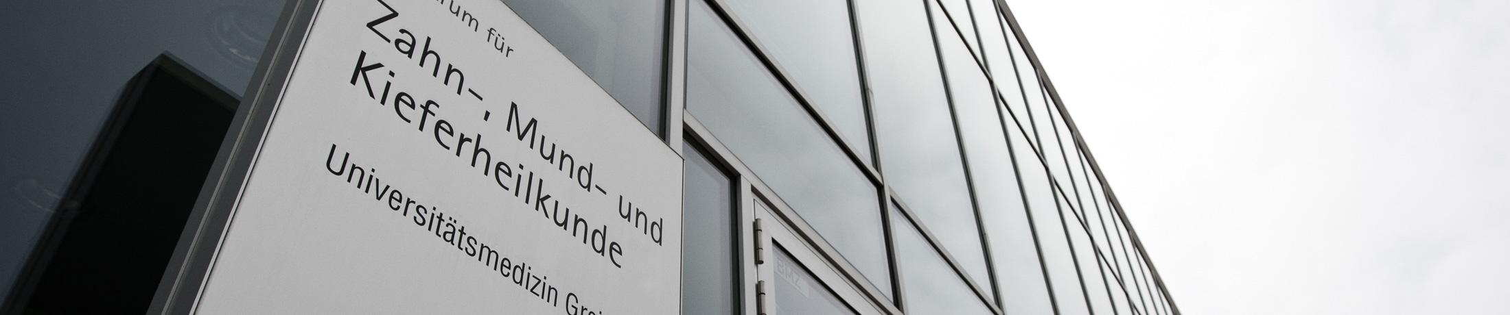 első kislemez lakás közigazgatási gmbh co. kg greifswald)
